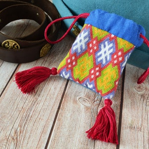 Embroidered medieval coin purse with tassels larp sca aumoniere for reenactment