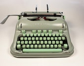Hermes 3000 Sea Green Typewriter with Mint green keys, Vintage Typewriter, Portable Typewriter, French Typewriter, AZERTY
