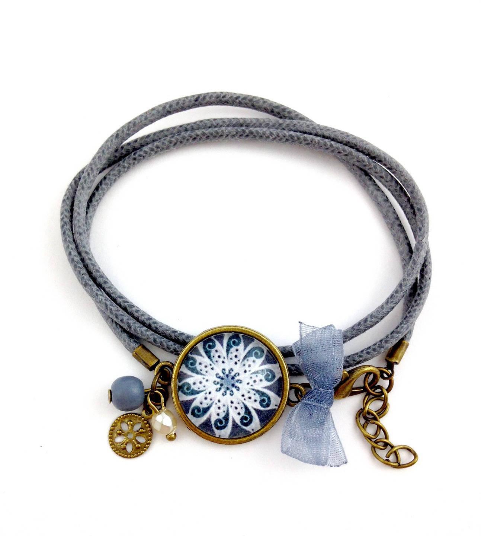 bracelet gris cabochon belle fleur grise etsy. Black Bedroom Furniture Sets. Home Design Ideas