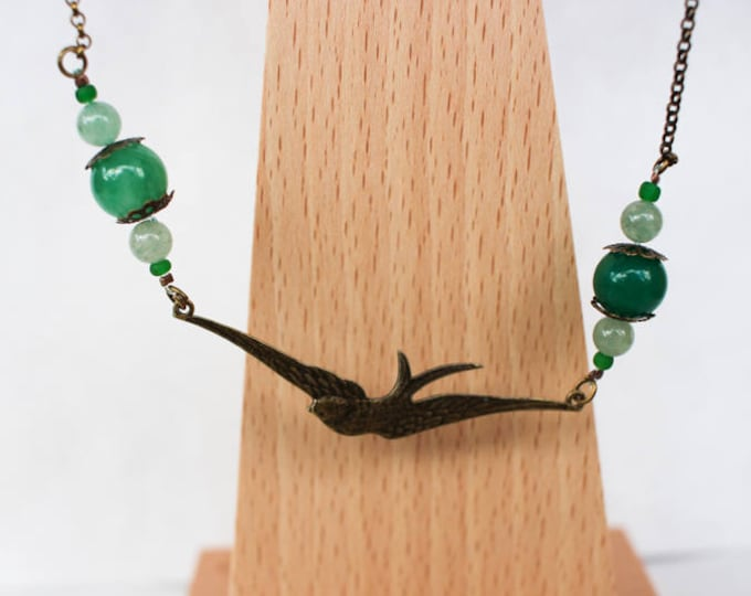 Necklace swallow necklace with beads of agate dyed in shades of green, findings and chain in brass, gift for her