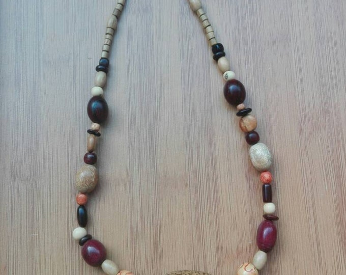 Necklace in Amazon raw wood beads, purple, raw wood caor, acai berries, satin Bloodwood, gift for her, nature