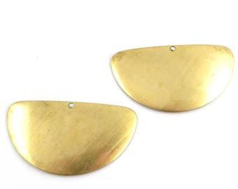 4 half-moon semicircle dome print raw brass domed Disc Necklace / ethnic geometric / 1 hole / 22mm x 40mm. PP-003
