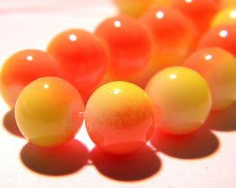 40 beads, glass - 8 mm - 2 colors-orange and yellow - Pearl glass round-G16-7