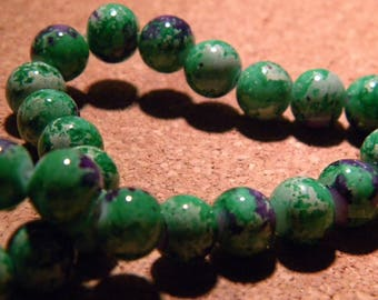 10 pearls glass reality - 8 mm Green speckled purple PF25 11