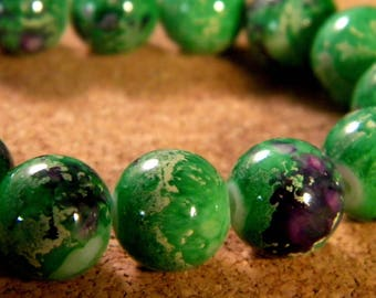 "10 pearls glass 12 mm-Green - PE174 ""reality"""