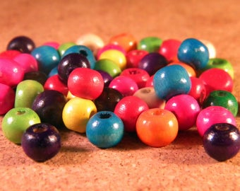 200 beads in natural wood painted multicolored in 8 mm B15