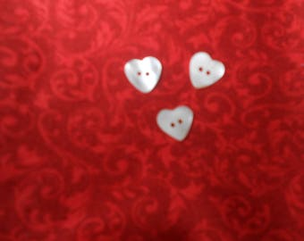 Small white heart button mother of Pearl (3)