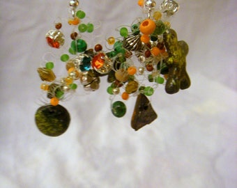 Earrings fimo, crocheted, colored with ink and silver foil