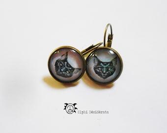 Earring cabochon, cat pattern, Bohemian style. (small size)