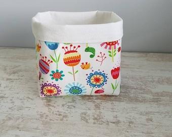 For layered flower pattern storage basket