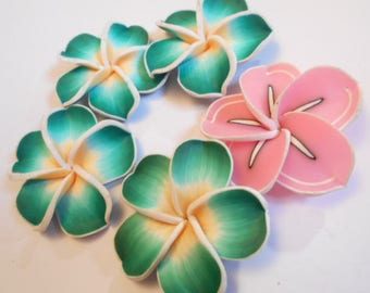 Flower polymer as pictured 5 beads drilled size 4.4 cm