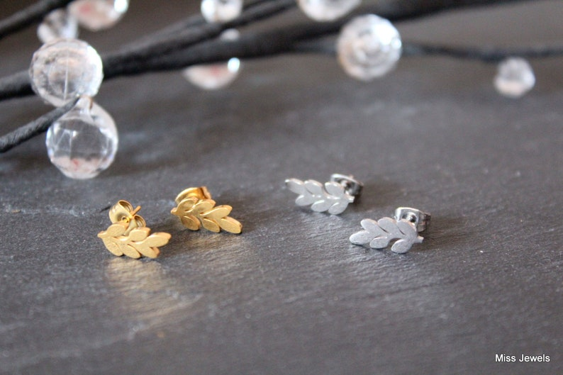 Silver or gold plated stainless steel earrings leaf Stud Earrings leaf earrings minimalistic curls