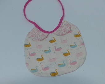 Bib with a Peter Pan collar first age