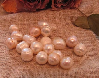 Freshwater Pearl in genuine lot of different colors