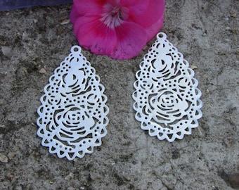 Prints X 2 drops 59x32MM silver metal filigree lace