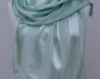 6f8128342c5c Echarpe, étole foulard