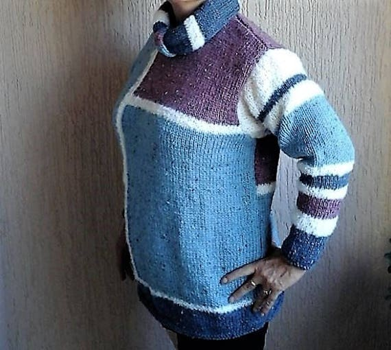 44 Long Wool white sweater HAND 42 Round Very size white MADE collar snood Blue neckline taupe and warm geometric horse rwYafqXrx