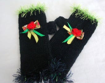Black fingerless gloves with flower and bow red and green