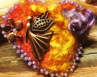 Gifts-for-Mom, Gifts-for-Wife, Gifts-for-Friend, Heart Jewelry Pins, Woman's Textile Jewelry, Felted Jewelry,Jewelry Pins, Textile Jewelry
