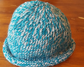 Hand knit roll brim hat, small size, teal & grey
