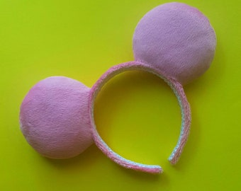 Pink fuzzy park ears