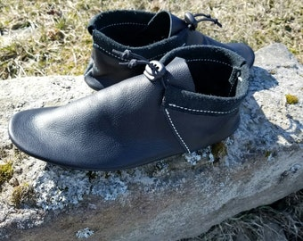 Outlander Moccasin | Women's | Native American Inspired Moccasin | Soft Sole Ankle High | Moccasins for Women | Handmade Leather Moccasins