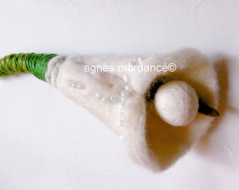 "Flower brooch, felted wool, 18 cm, OOAK, ""White"""