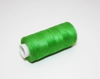 Sewing thread spool of thread to sew 350 m Green Apple green 100% polyester