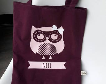 Bag personalized with the name the child's school library