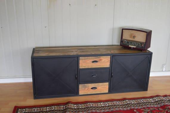 Meuble de tv style industriel 2 portes acier 3 tiroirs