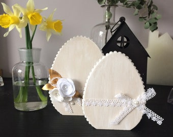 Wooden eggs, romantic shabby decoration.