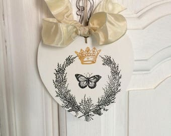 Small wooden heart painted white with Crown and Butterfly print