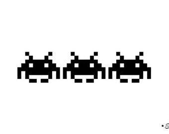 apply 3 space invader pixel flex