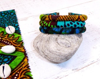 Wax cuff bracelet in adjustable fabric, blue tones
