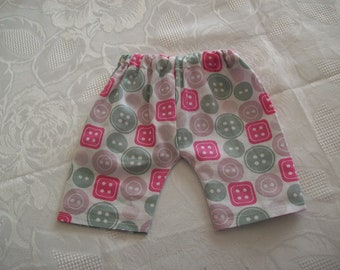 clothing for infants or dolls of 50 cm: shorts or Bermuda shorts