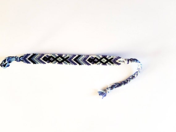 Friendship bracelet chinook pattern