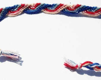 Friendship bracelet vague pattern