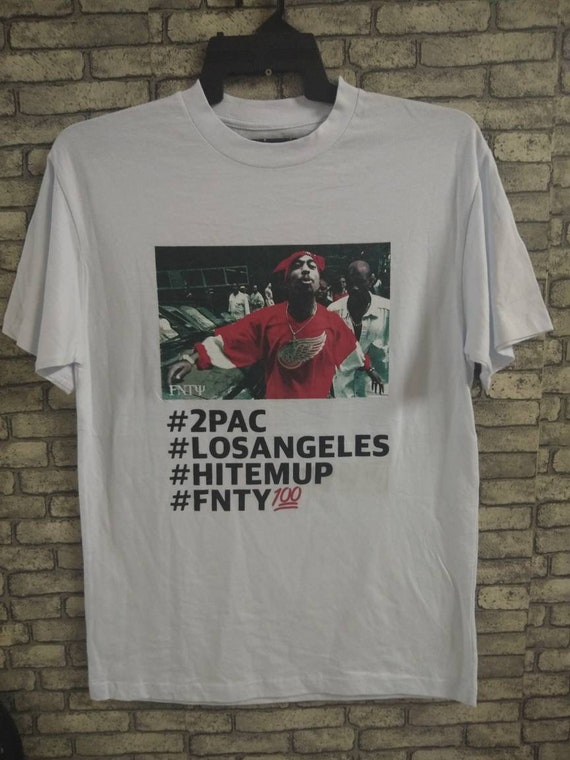 tupac shirt/hip hop/rappers/snoopdog