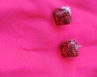 resin square chip hoop earrings red sequin