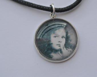 """good girl"" pendant necklace"