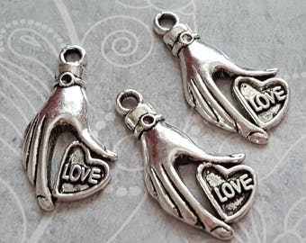charm / pendant heart in hand (x 5) metal, heart, love heart keychain