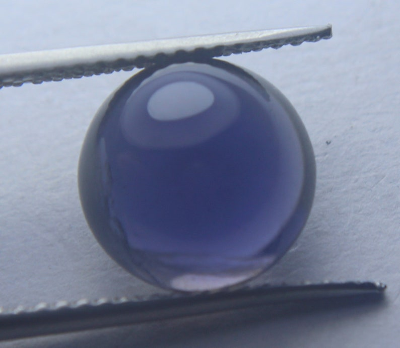 3.55 carat 100/% natural Blue color awesome iolite Round cabochon shape 2 pieces gemstone for earrings and nose pin AAA pieces  6x6x4 MM