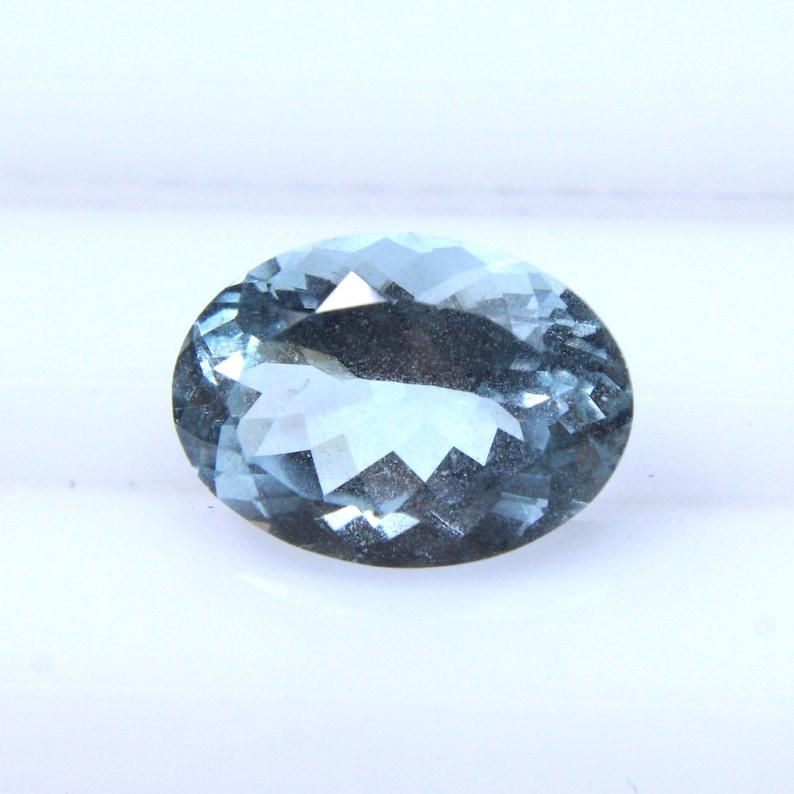 Quality Aquamarine Loose Gemstone  14x10x7MM Natural Aquamarine Gemstone Oval Shape Gemstone 5.60Cts Aquamarine Faceted Gemstone AAA
