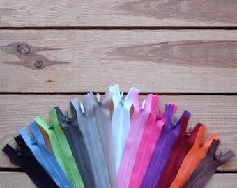Couleur Turquoise Zip// Fermeture éclair simple non séparable de 25 cm