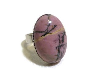 Pink and black rhodonite ring, pink vintage old/rose on scalloped top and adjustable silver-plated ring classic landscape