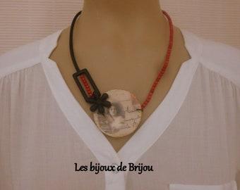Necklace, short, pendant, wood, black, red, beige, the beautiful epoqu