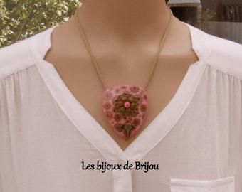 Symmetrical necklace, polymer paste, flower, rose, bronze, flower, elephant, bronze metal