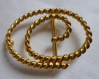 Magnifique boucle de ceinture en métal doré de 8,5 cm x 5,4 cm de397c0f1a6