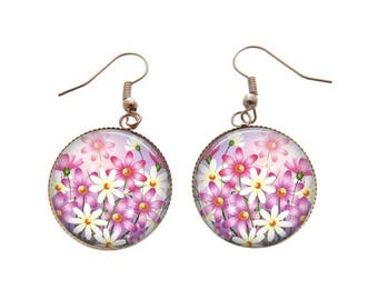 Pink and white flowers dangle earrings