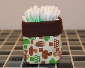 Q-tips - mushroom - reversible pattern basket
